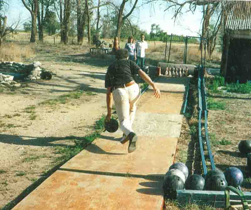 Jack Hertzog's extended, outdoor tenpin lane - NORTH AMERICAN BOWLING: Homemade Bowling Lanes: Just For Fun, Or